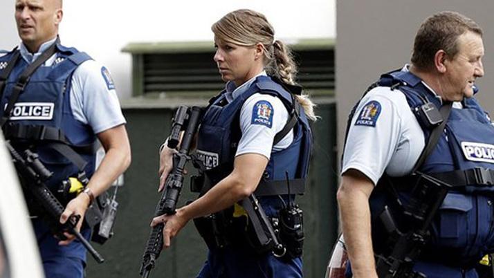 Yeni Zelanda'daki saldırı sonrası İngiltere'den cami kararı: Devriye gezecekler