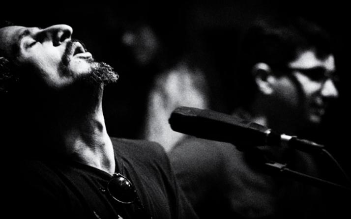 Dünyaca ünlü sanatçı ülkesini terk etti Türkiye'de yaşayacak