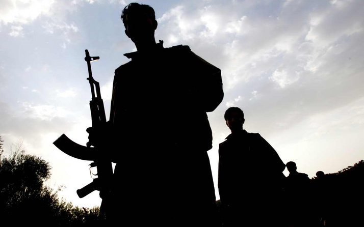 Paris'te PKK'lı teröristlere hapis cezası
