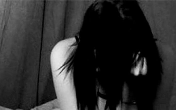 Kızları tecavüze uğradı diye anne ve babası...