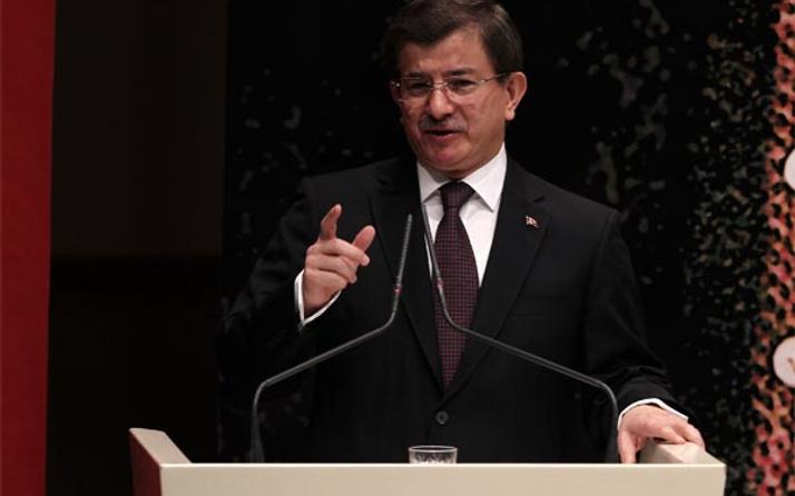 Davutoğlu'ndan YPG'ye operasyon sinyali!