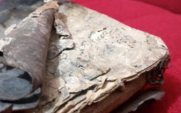 Dedesinden kalan el yazması eseri müzeye bağışlandı