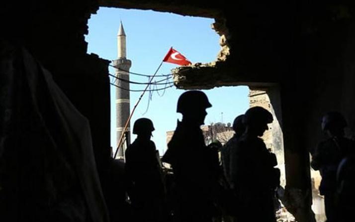 Asker Diyarbakır Sur'da nobellik operasyon yapıyor