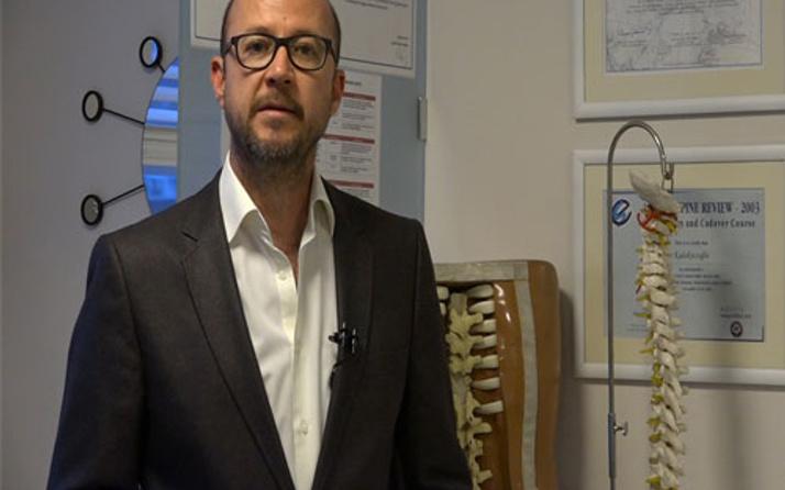 Op. Dr. Onur Kulaksızoğlu: boyun fıtığının sebebi yanlış uyku pozisyonu!
