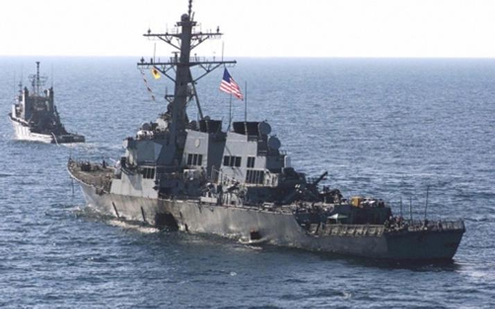 Savaş uçakları ABD gemisini taciz etti!