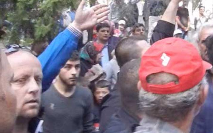Şehit cenazesinde CHP'li vekile şok protesto