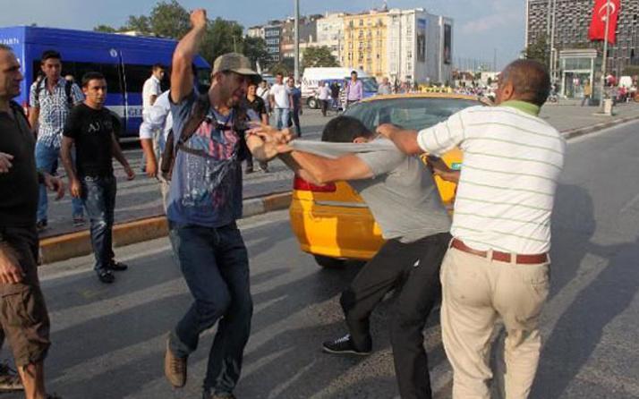Korsan göstericiler taksiciyi öldürdü!