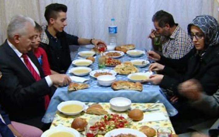 Başbakan Yıldırım'dan sürpriz iftar ziyareti