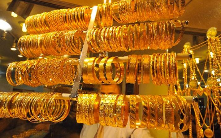 Duvarı delip 7 kilogram altınla kayıplara karıştılar!