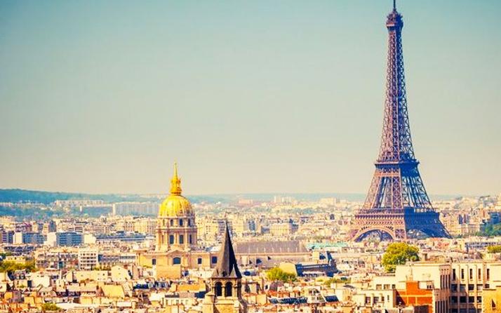 Paris'te araçların sokağa çıkması yasaklandı bakın neden