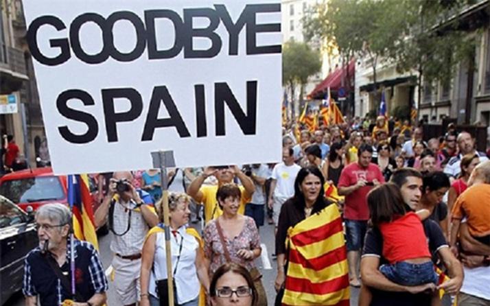 Katalonya'nın bağımsızlık ilanına karşı İspanya'dan flaş karar