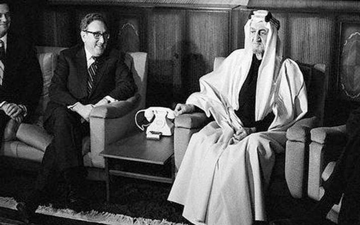 Suudi Arabistan krallarının kabusu sarayda bir gece ansızın