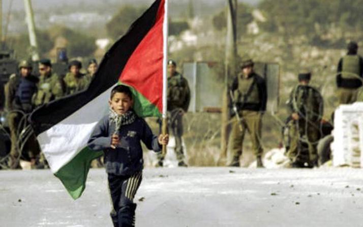 İsrail Filistin'in tüm sağlık haklarını ihlal ediyor