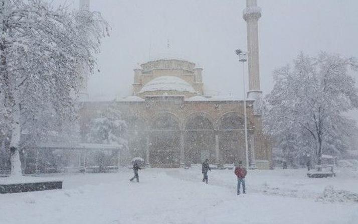 Düzce hava durumu fena kar geliyor okullar tatil olacak mı?