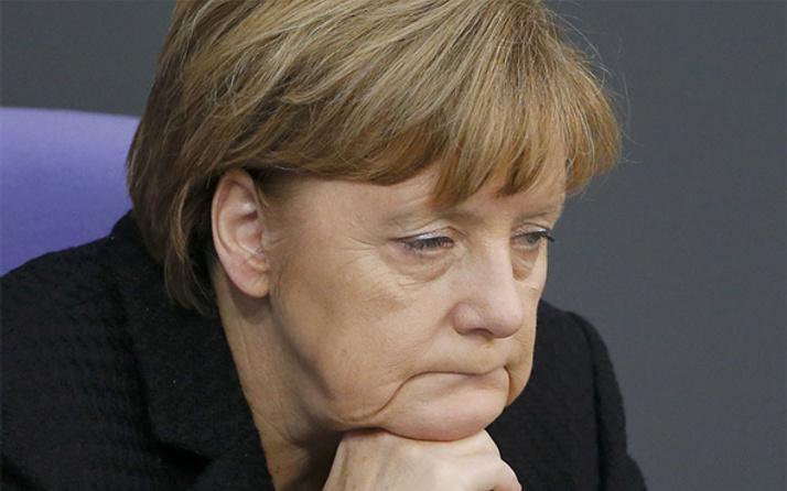 Merkel'e rağmen itiraf etti! Türkler olmasa...