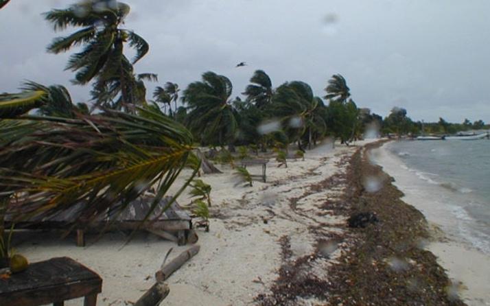 Avustralya kasırga felaketi ülkenin kuzeyi sular altında
