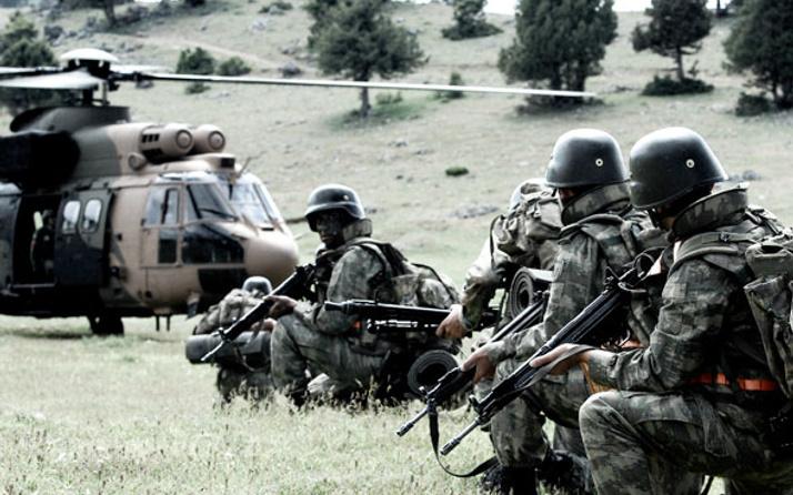 Van'da PKK'lı teröristler ile sıcak çatışma