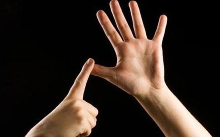 İşaret dilini öğrenen polis cinayeti aydınlattI