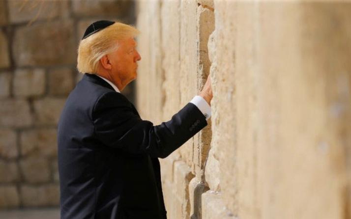 Trump, Netanyahu ile görüştü: İran'ı durdurabiliriz