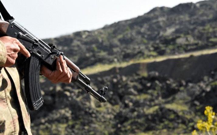 Van'da askeri araca hain saldırı