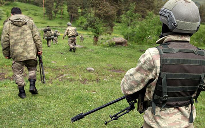 Operasyondaki askerlerin üzerine yıldırım düştü
