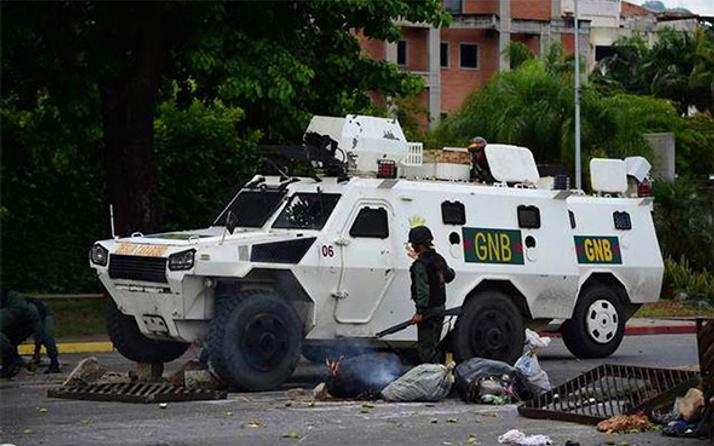 Venezuela'da askeri ayaklanma çıktı: Çok geçmeden bastırıldı!