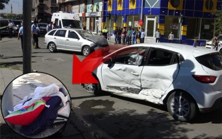 Kars'ta kahreden kaza: 4 aylık bebek camdan fırladı!