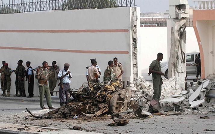 Somali'de intihar saldırısı: 2 ölü, 15 yaralı