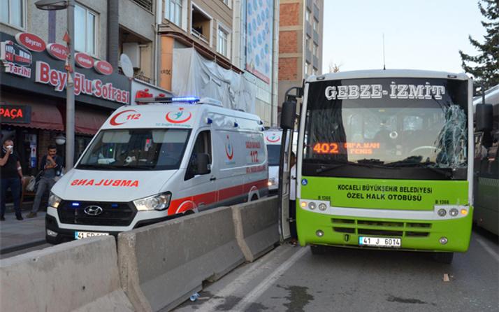 Kocaeli'de halk otobüsü TIR'a çarptı: 6 yaralı