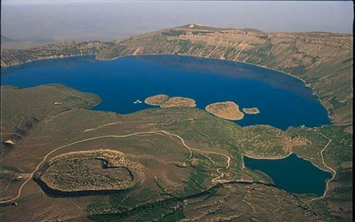 Ortadoğu'nun en büyük gölü Urmiye kuruyor 14 milyon tehlikede