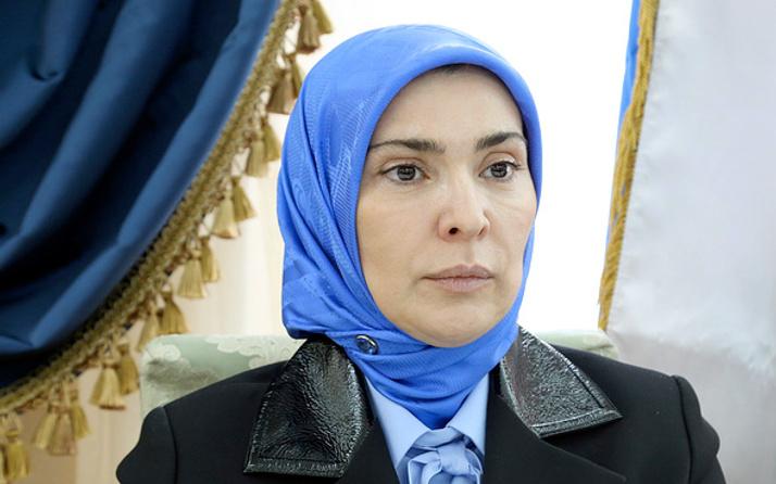 Ayna Gamzatova Putin'e rakip! Eşi de Dağıstan müftüsü