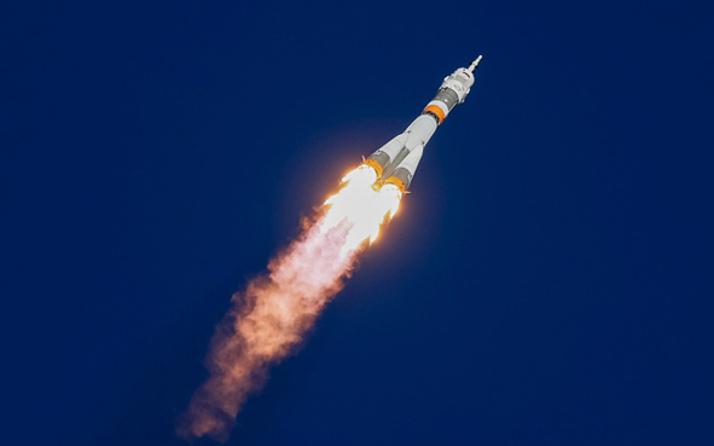 Rus Soyuz roketinin fırlatılışında kaza!