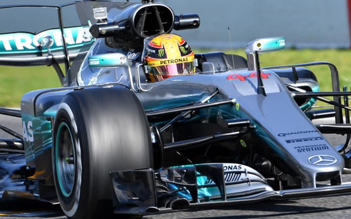 Formula 1 Japonya GP'nin kazananı Lewis Hamilton oldu