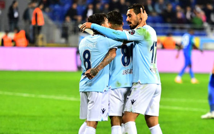 Medipol Başakşehir, deplasmanda Rize'yi 2 golle geçti
