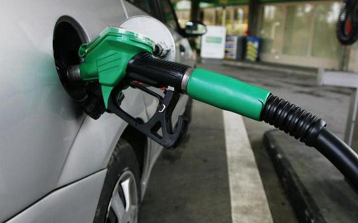 Benzine indirim Bu kez pompaya yansıyacak