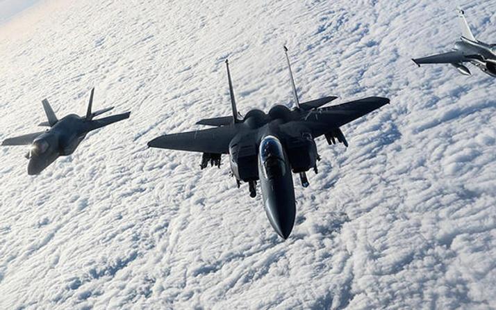 Jetler Rusya için havalandı 40 savaş uçağı harekete geçti