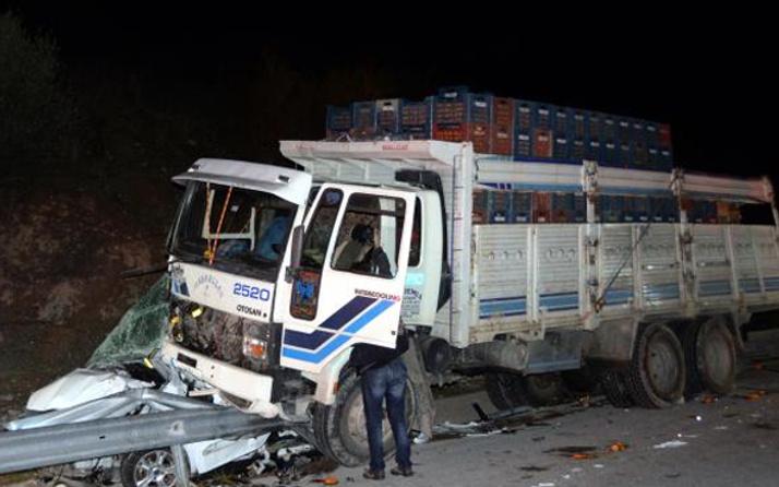 Mersin'de korkutan kaza: 3'ü polis 6 yaralı