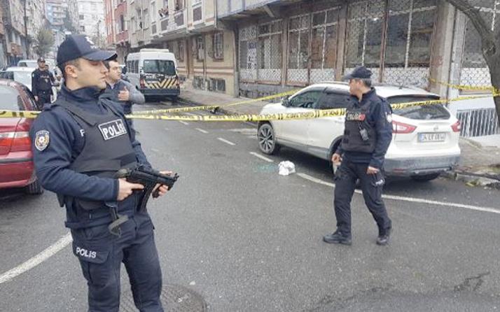 Gaziosmanpaşa'da cipe silahlı saldırı