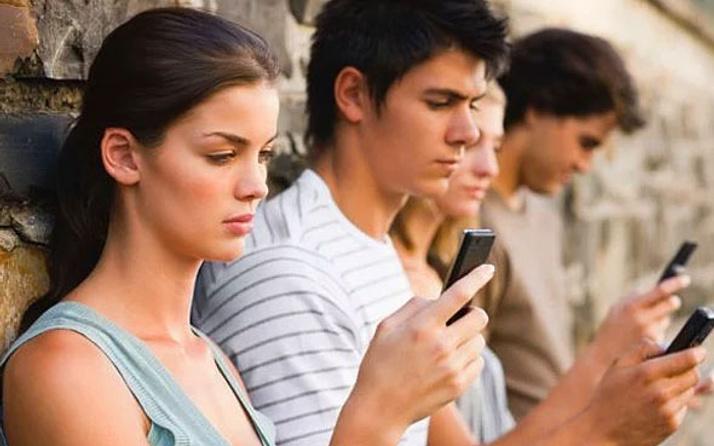 O devlet cep telefonları için sınırsız internet dönemi başlatıyor!