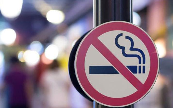 Sigarayı bırakmak gerçekten kilo aldırır mı?