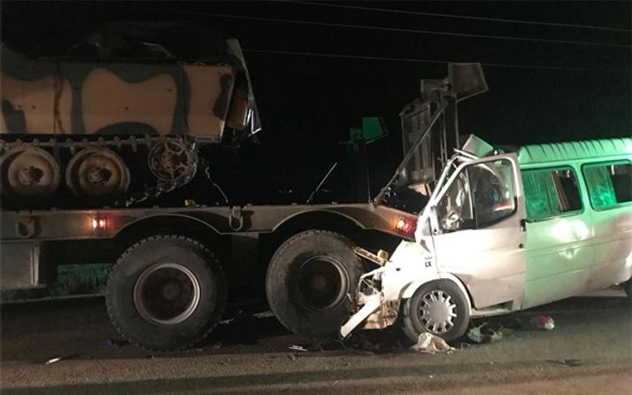 Hatay'da askeri araç kaza yaptı!