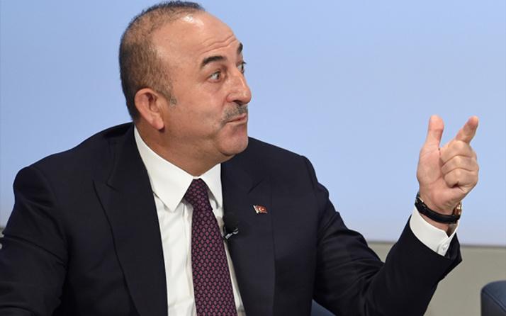 Çavuşoğlu canlı yayında  gazeteciye fena ayar çekti!