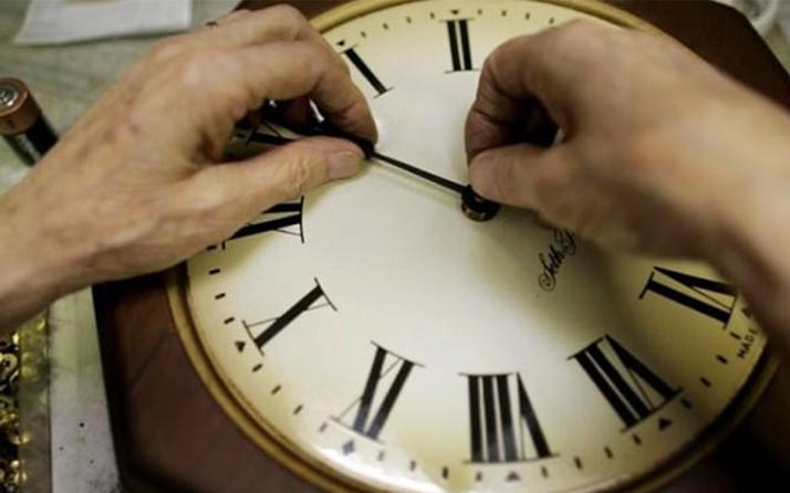 Saat şimdi kaç oldu, yaz saati uyugulaması ayarları Türkiye 25 Mart durumu