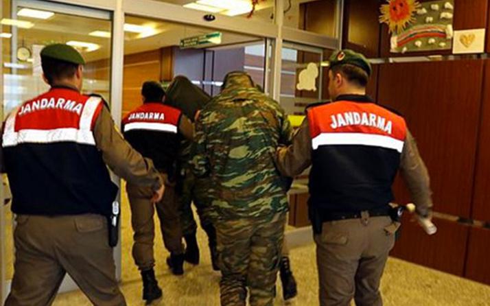 2 Yunan askerin 'tutukluluğuna devam' kararı