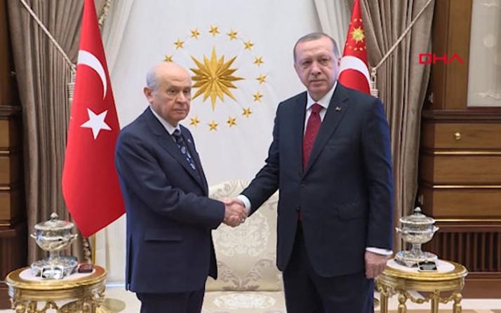 Son seçim anketi Erdoğan'a seçim kararı mı aldırttı?