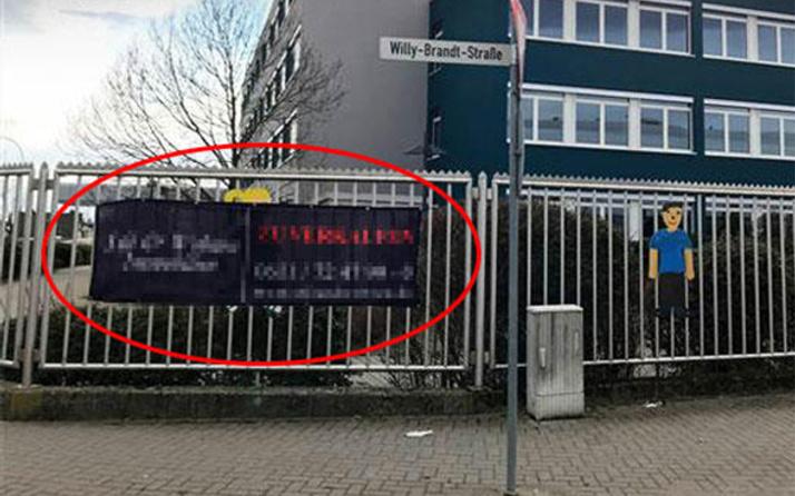 FETÖ'nün okulu iflas etti: Kapısına bu ilanı astı!