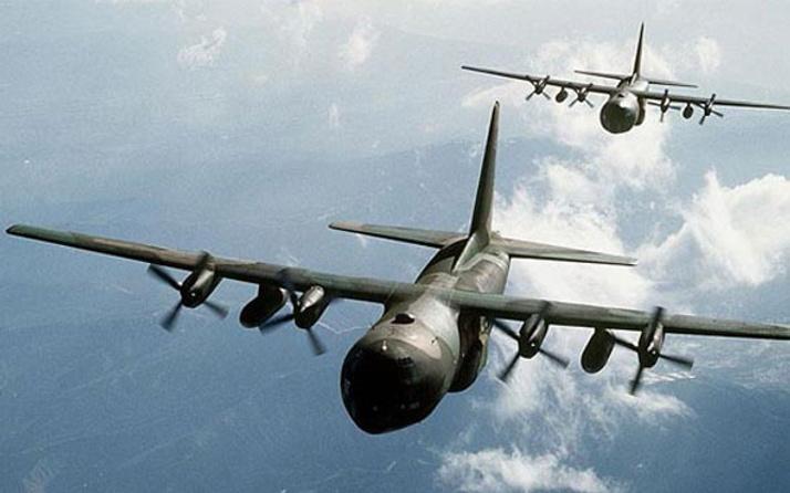 ABD'den şok açıklama! 2 Rus bombardıman uçağını...