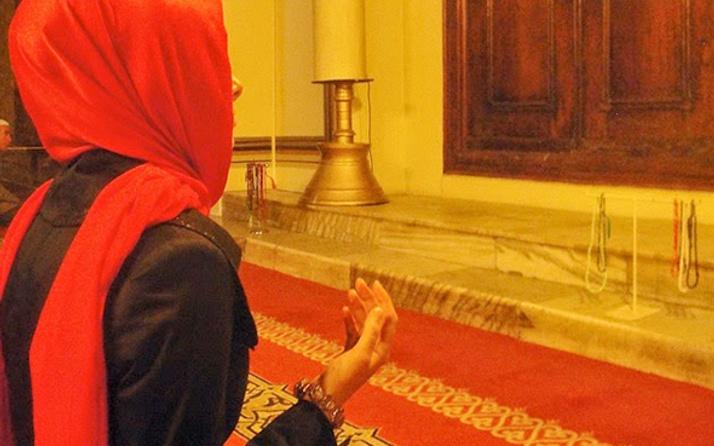Kadınlar teravih namazı kılabilir mi- teravih için camiye gidebilir mi?