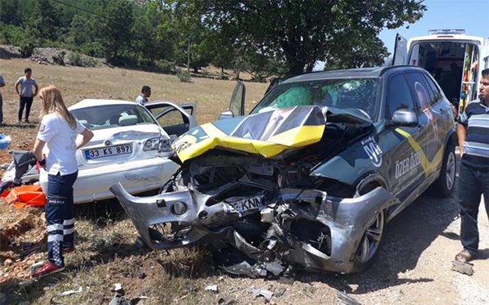 İYİ Parti'li adayın bulunduğu otomobil kaza yaptı