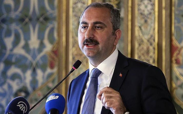 Abdulhamit Gül: Apoletleri hiçbir güç sökemedi
